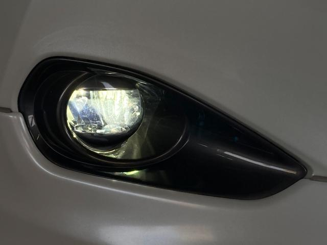プレミアム モデリスタエアロ アルパイン9型ナビ バックカメラ モデリスタマフラーカッター レーンディパーチャーアラート オートマチックハイビーム パワーバックドア パワーシート ビルトインETC LEDライト(24枚目)