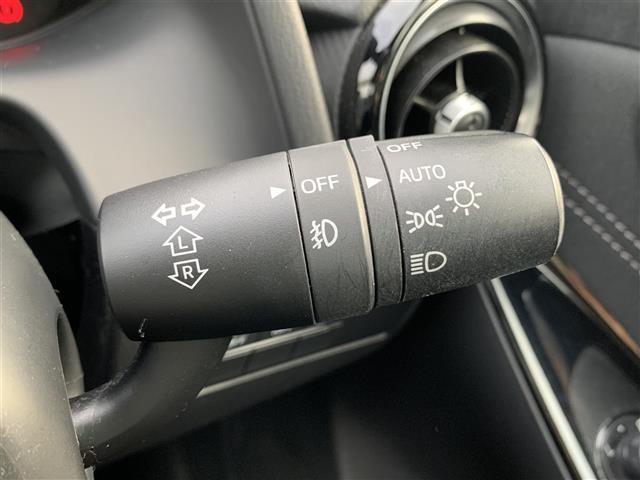 13Sツーリング スマートシティーブレーキサポート BSMシステム 車線逸脱警報システムマツダコネクトナビ CD/DVD再生可能 フルセグTV 運転席&助手席シートヒーター ヘッドアップディスプレイ LED フォグ(11枚目)