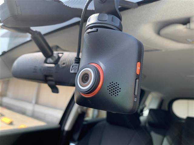20S-スカイアクティブ 両側パワースライドドア 純正ナビ 地デジTV Bluetooth DVD再生可 バックカメラ HIDライト アイドリングストップ フォグライト 電動格納ミラー ステアリングスイッチ 純正15インチAW(6枚目)