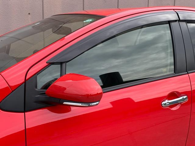 S スタイルブラック セーフティセンス LEDヘッドランプパッケージ ビューティーパッケージ 衝突軽減ブレーキ  純正SDナビ バックカメラ シートヒーター オートマチックハイビーム ドライブレコーダー クリアランスソナー(39枚目)