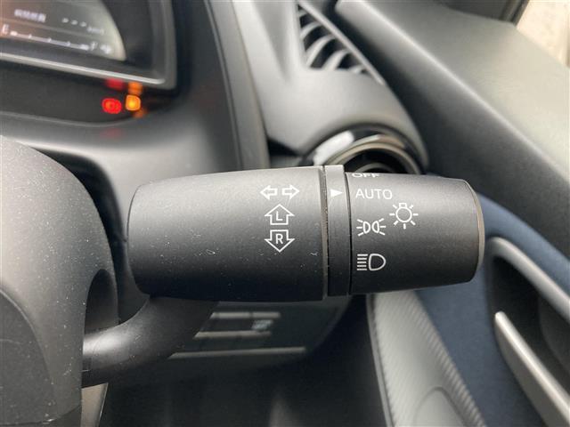 13S LEDコンフォートパッケージ オートライトシステム マツダコネクトナビ スマートシティーブレーキサポート シートヒーター ステアリングスイッチ アイドリングストップ 純正16インチアルミホイール積込(11枚目)