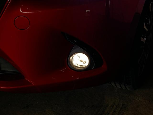 XDツーリング スマートシティブレーキサポート マツダコネクトナビ ヘッドアップディスプレイ 革巻きステアリング オートクルーズコントロール ステアリングスイッチ LEDヘッドライト アイドリングストップ(28枚目)