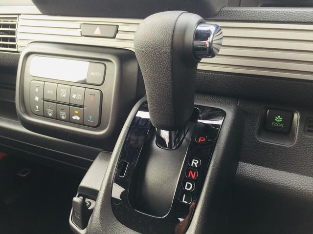 ファン・ホンダセンシング 届出済み未使用 ホンダセンシング ナビ装着用スペシャルパッケージ アダプティブクルーズコントロール 衝突軽減ブレーキ 路外逸脱抑制機能 フルLEDヘッドライト LEDフォグライト 充電用USBジャック(10枚目)