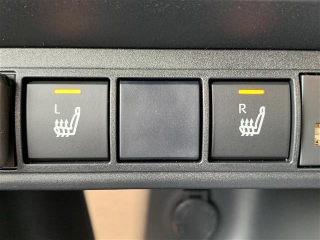 Z 登録済み未使用車 8型ディスプレイオーディオ バックカメラ ブラインドスポットモニター リヤクロストラフィックオートブレーキ 衝突軽減ブレーキ レーントレーシングアシスト シートヒーター パワーシート(13枚目)