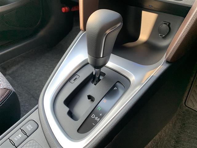 Z 登録済み未使用車 8型ディスプレイオーディオ バックカメラ ブラインドスポットモニター リヤクロストラフィックオートブレーキ 衝突軽減ブレーキ レーントレーシングアシスト シートヒーター パワーシート(14枚目)