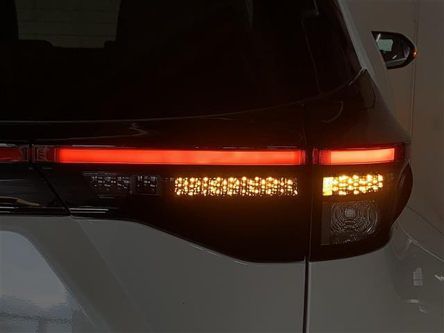 Z 登録済み未使用車 8型ディスプレイオーディオ バックカメラ ブラインドスポットモニター リヤクロストラフィックオートブレーキ 衝突軽減ブレーキ レーントレーシングアシスト シートヒーター パワーシート(29枚目)