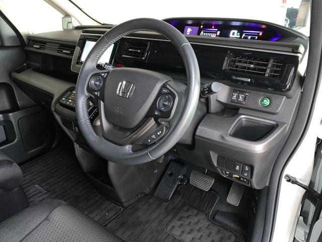 スパーダ ホンダセンシング 衝突軽減ブレーキ 路外逸脱抑制システム レーンキープアシストシステム 標識認識機能 社外ナビ バックカメラ 両側パワースライドドア ビルトインETC フルセグTV視聴可能 Bluetooth対応(61枚目)
