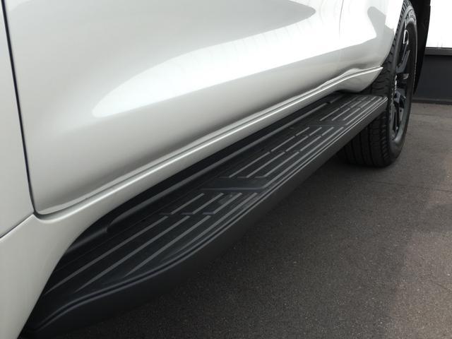 TX Lパッケージ 70thアニバーサリーリミテッド 登録済み未使用車 専用ルーフレール 専用レザーシート シートヒーター シートエアコン パワーシート セーフティセンス 衝突軽減ブレーキ レーンディパーチャーアラート レーダークルーズコントロール(35枚目)