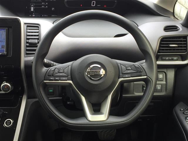 X VセレクションII エマージェンシーブレーキ 車線逸脱警報 両側パワースライドドア 社外ナビ バックカメラ CD再生可能 Bluetooth対応 ビルトインETC スマートキー プッシュスタート スペアキー有(7枚目)