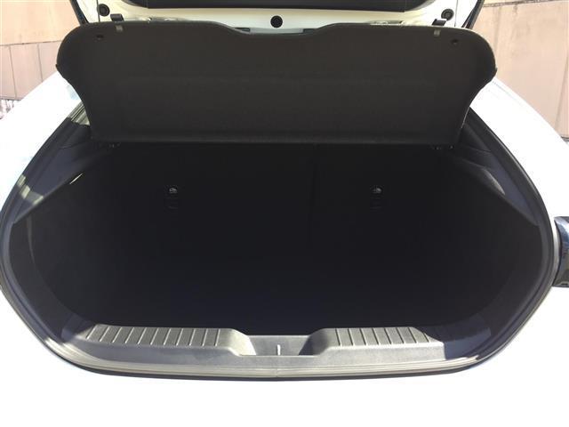 Xバーガンディ セレクション BOSEサウンドシステム 360度セーフティパッケージ レザーシート シートヒーター パワーシート 360度カメラ レーダークルーズコントロール ブラインドスポットモニタリング ビルトインETC(17枚目)