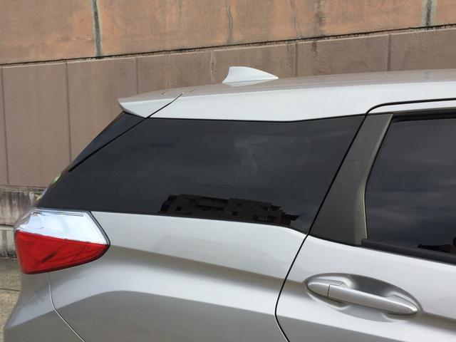 ハイブリッド ホンダセンシング ホンダセンシング  社外メモリナビ バックカメラ  アイドリングストップ ETC プラズマクラスター付オートエアコン 横滑り防止装置 プッシュスタート スマートキー 夏タイヤ積込 純正フロアマット(57枚目)