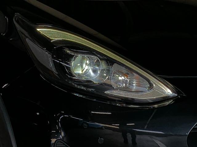 クロスオーバー グラム LEDヘッドランプパッケージ ナビレディパッケージ インテリジェントクリアランスソナー パーキングサポートブレーキ 純正ナビ バックカメラ セーフティセンス 衝突軽減ブレーキ ビルトインETC(23枚目)