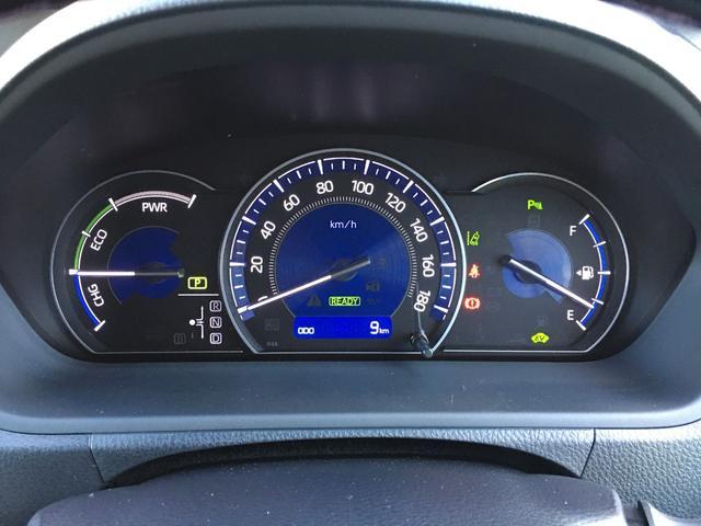 ハイブリッドGiプレミアムパッケジブラックテーラード 登録済み未使用車 トヨタセーフティセンス 衝突軽減ブレーキ レーンキープ ハーフレザーシート シートヒーター ステアリングヒーター コーナーセンサー 両側電動スライドドア LEDヘッドライト(9枚目)