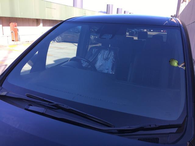 ハイブリッドGiプレミアムパッケジブラックテーラード 登録済み未使用車 トヨタセーフティセンス 衝突軽減ブレーキ レーンキープ ハーフレザーシート シートヒーター ステアリングヒーター コーナーセンサー 両側電動スライドドア LEDヘッドライト(22枚目)