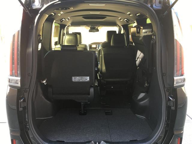 ハイブリッドGiプレミアムパッケジブラックテーラード 登録済み未使用車 トヨタセーフティセンス 衝突軽減ブレーキ レーンキープ ハーフレザーシート シートヒーター ステアリングヒーター コーナーセンサー 両側電動スライドドア LEDヘッドライト(61枚目)