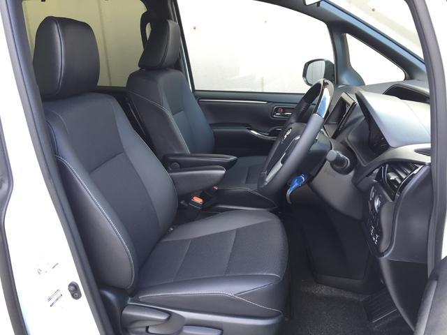 Gi 登録済み未使用車 トヨタセーフティセンス 衝突軽減ブレーキ レーンディパーチャーアラート オートマチックハイビーム レザーシート シートヒーター 両側電動スライドドア リアオートエアコン LEDライト(14枚目)