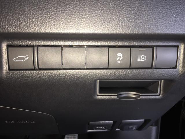 G 登録済み未使用車 8型ディスプレイオーディオ バックカメラ デジタルインナーミラー リヤクロストラフィックオートブレーキ BSM エンブレム付ドアミラー足元照明 セーフティセンス 衝突軽減 LED(55枚目)