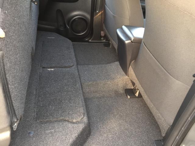 X 登録済み未使用車 4WD ディーゼル ターボ リアチップアップシート 寒冷地仕様 ウインドシールドデアイサー リヤフォグランプ スペアキー 排ガス浄化装置 アイドリングストップ センターデフロック(16枚目)