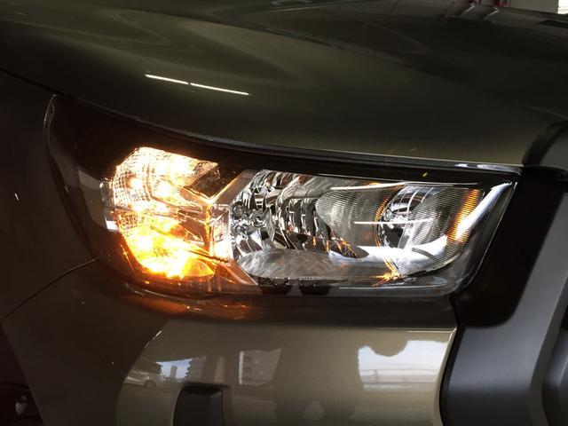 X 登録済み未使用車 4WD ディーゼル ターボ リアチップアップシート 寒冷地仕様 ウインドシールドデアイサー リヤフォグランプ スペアキー 排ガス浄化装置 アイドリングストップ センターデフロック(29枚目)