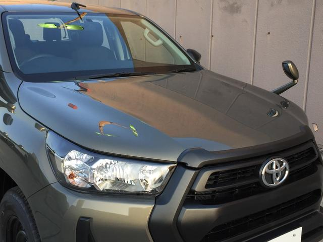 X 登録済み未使用車 4WD ディーゼル ターボ リアチップアップシート 寒冷地仕様 ウインドシールドデアイサー リヤフォグランプ スペアキー 排ガス浄化装置 アイドリングストップ センターデフロック(51枚目)