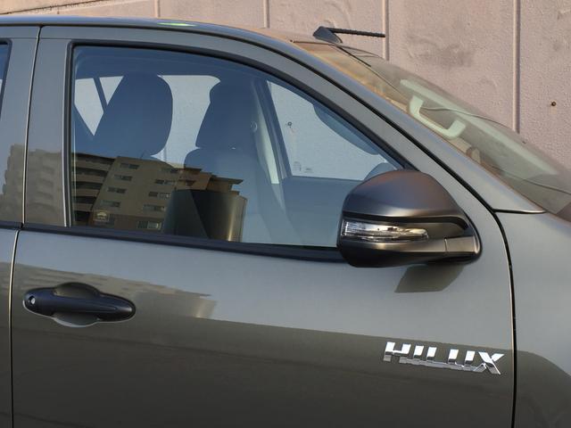 X 登録済み未使用車 4WD ディーゼル ターボ リアチップアップシート 寒冷地仕様 ウインドシールドデアイサー リヤフォグランプ スペアキー 排ガス浄化装置 アイドリングストップ センターデフロック(52枚目)