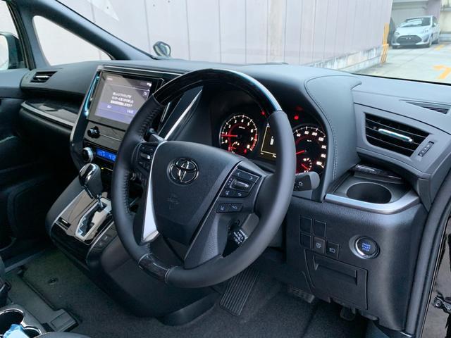2.5S タイプゴールド 登録済未使用車 トヨタセーフティセンス 9型ディスプレイオーディオ バックカメラ 両側電動スライドドア デジタルインナーミラー 電動リアゲート LTA BSM クリアランスソナー 三眼LED(48枚目)