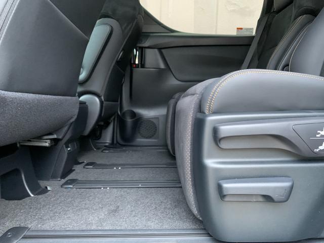2.5S タイプゴールド 登録済未使用車 トヨタセーフティセンス 9型ディスプレイオーディオ バックカメラ 両側電動スライドドア デジタルインナーミラー 電動リアゲート LTA BSM クリアランスソナー 三眼LED(67枚目)