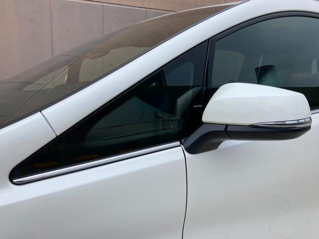 2.5S タイプゴールドII 登録済み未使用車 ツインムーンルーフ デジタルインナーミラー BSM RCTA 9型ディスプレイオーディオ バックカメラ セーフティセンス 両側電動 電動リアゲート 3眼LED 100V電源(41枚目)
