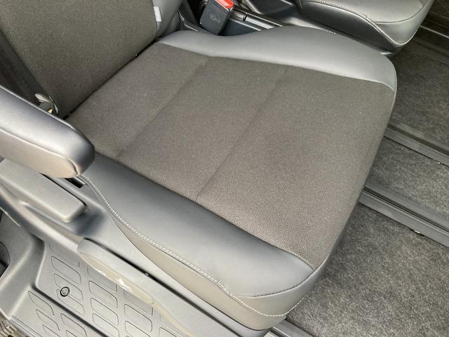 Si ダブルバイビーIII 登録済未使用車 トヨタセーフティセンス プリクラッシュセーフティ レーンディバーチャーアラート クルーズコントロール クリアランスソナー パーキングサポートブレーキ 両側パワースライドドア(57枚目)