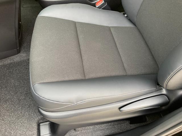 Si ダブルバイビーIII 登録済未使用車 トヨタセーフティセンス プリクラッシュセーフティ レーンディバーチャーアラート クルーズコントロール クリアランスソナー パーキングサポートブレーキ 両側パワースライドドア(66枚目)