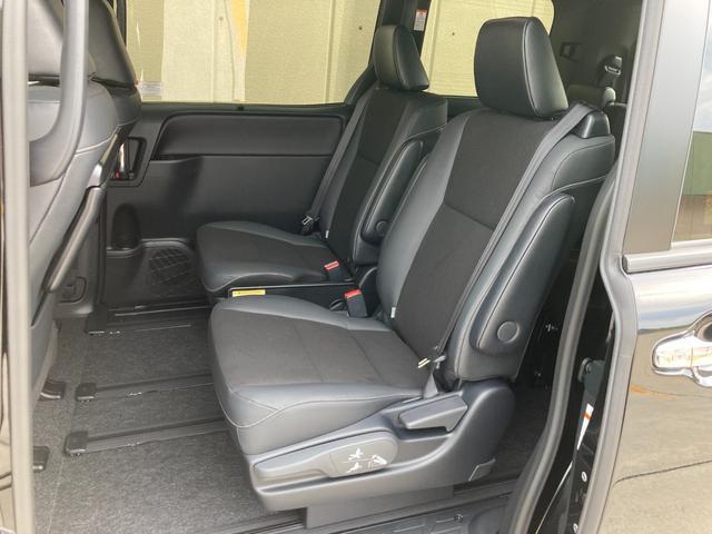 Si ダブルバイビーIII 登録済未使用車 トヨタセーフティセンス プリクラッシュセーフティ レーンディバーチャーアラート クルーズコントロール クリアランスソナー パーキングサポートブレーキ 両側パワースライドドア(67枚目)