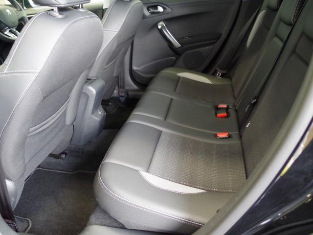 「プジョー」「プジョー 2008」「SUV・クロカン」「埼玉県」の中古車24