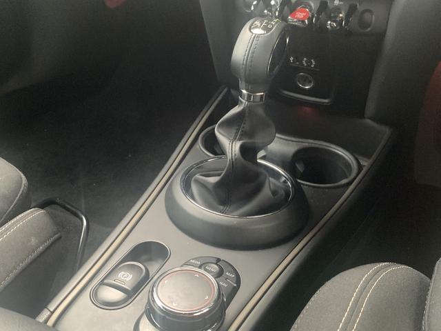 「MINI」「MINI」「SUV・クロカン」「山梨県」の中古車26