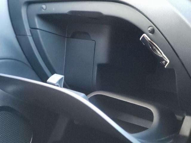 「ルノー」「キャプチャー」「SUV・クロカン」「山梨県」の中古車34