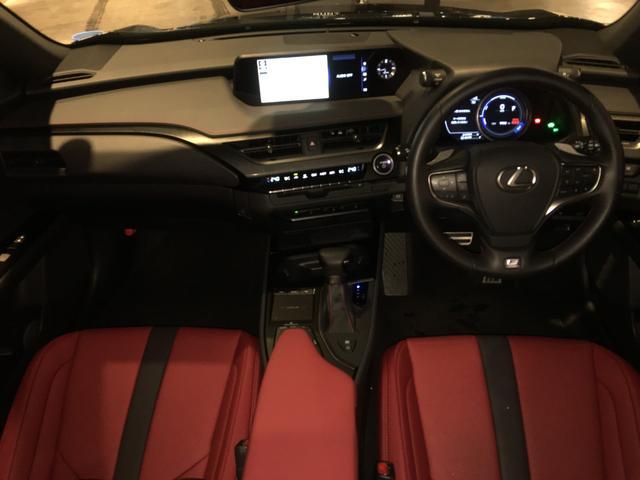 「レクサス」「UX」「SUV・クロカン」「岐阜県」の中古車2