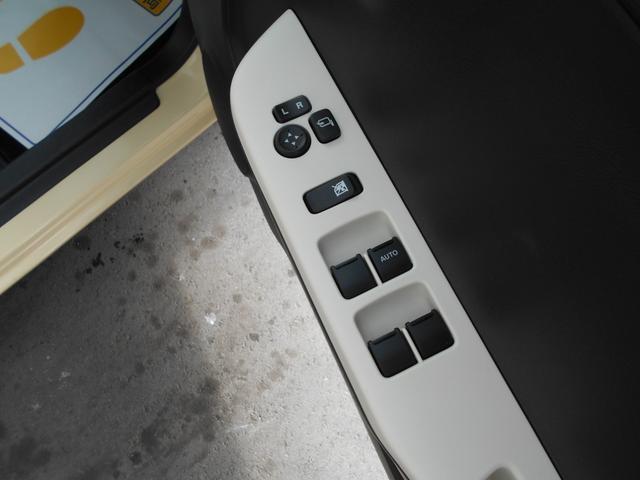S 運転席シートヒーター パワーステアリング パワーウィンドウ キーレス ABS パワステ 禁煙 電動 エアコン CD付 電動格納ドアミラー リモコンキー 記録簿 エアバック WエアB アイドリングS(13枚目)