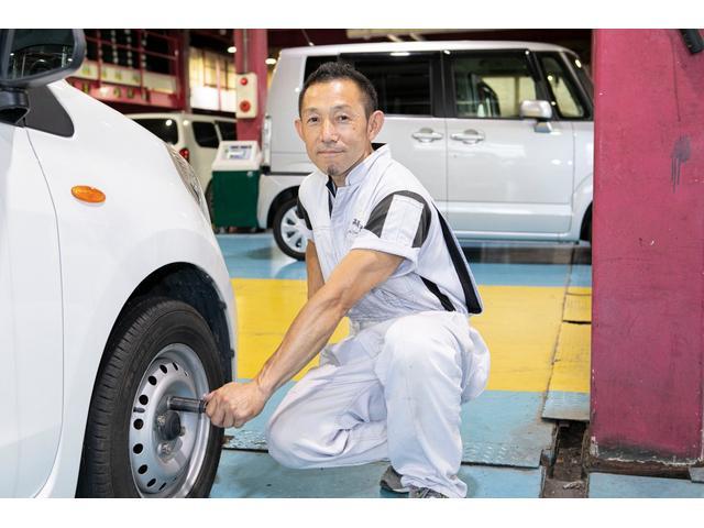 自社工場完備ですので、冬場のスタッドレスタイヤの付け替えなどもお気軽にご相談ください。