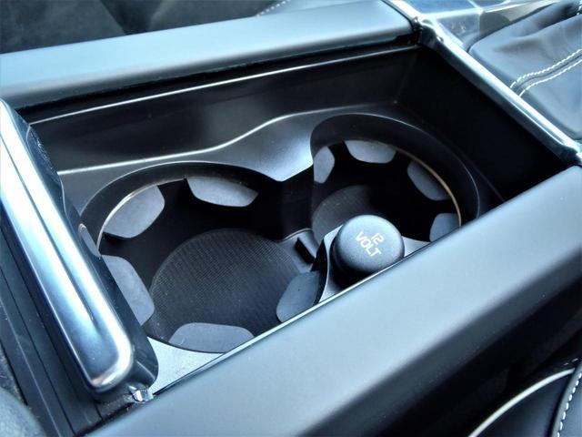 D4 Rデザイン サンルーフ フロント&リアシートヒーター ワンオーナー 専用アルミホイール HDDナビ&地デジTV バックカメラ ディーゼルエンジン(32枚目)