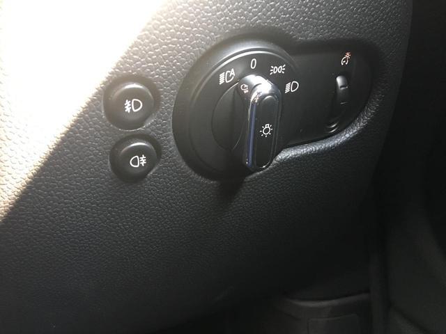 ワン ワンオーナー 純正HDDナビ AUX USB BT ETC バックカメラ シートヒーター フロアマット LEDライト リヤコーナーセンサー スマートキー MTモード付きAT アイドリングストップ(9枚目)