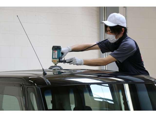 各種ボディコーティング(有料)をお選びいただくと、お客様の車が光輝きます。