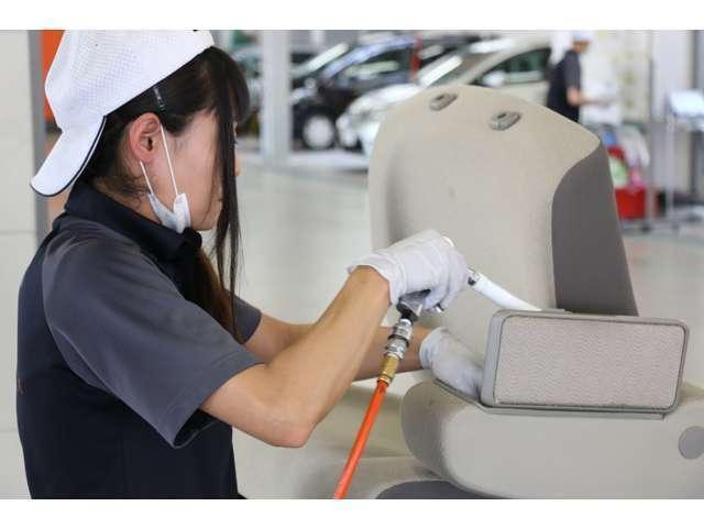 【抗菌処理でさらに快適な空間に!】車の中は雑菌が繁殖しやすい絶好の環境です。抗菌効果でさらに車内環境をベストに保ちます。
