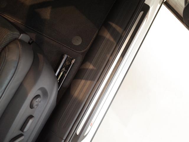 「アウディ」「アウディ Q5」「SUV・クロカン」「東京都」の中古車44