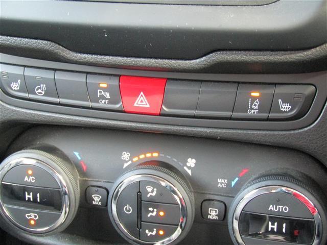 「その他」「クライスラージープ レネゲード」「SUV・クロカン」「三重県」の中古車8