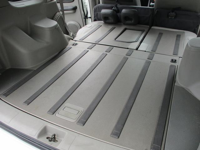 St 4WD ETC KENWOODナビ 撥水加工シート サンルーフ キーレス HIDヘッドライト(45枚目)