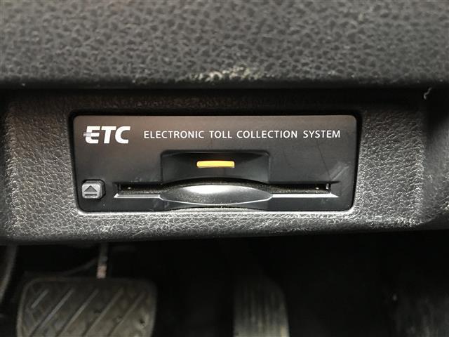 G ワンオーナー/EV専用 ナビ 日産コネクト フルセグ/アラウンドビューモニター/プロパイロット/電動パーキングブレーキ/スマートバックミラーLEDヘッドライト/LEAF充電ケーブル/保証書(6枚目)