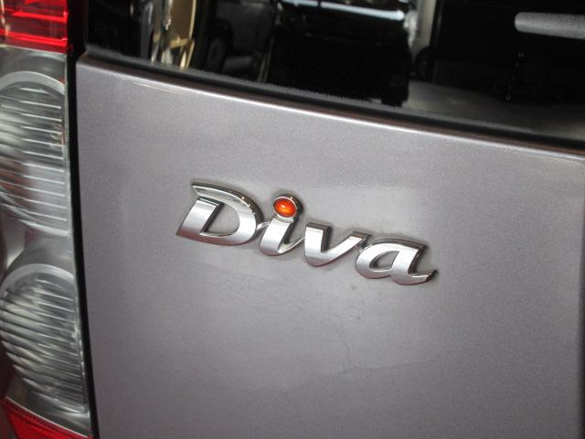 ディーバ 禁煙車 革巻きステアリング 電動格納ミラー 盗難防止システム 4万キロ台(28枚目)