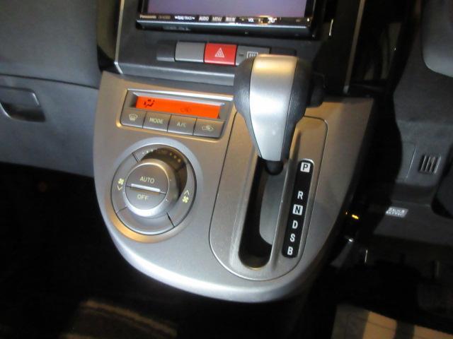 RS ターボ ナビ フルセグTV DVD視聴 Bluetoothオーディオ スマートキー ETC HID オートエアコン 6万キロ台(19枚目)