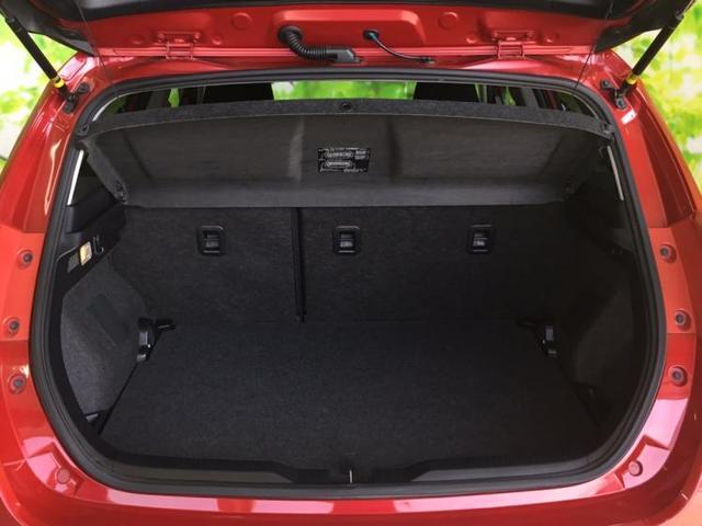 RS Sパッケージ 純正 7インチ メモリーナビ/サンルーフ/ヘッドランプ HID/EBD付ABS/横滑り防止装置/TV/エアバッグ 運転席/エアバッグ 助手席/アルミホイール/パワーウインドウ/キーレスエントリー(8枚目)