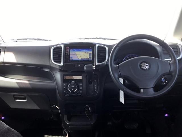 S 社外 メモリーナビ/ヘッドランプ HID/ETC/EBD付ABS/エアバッグ 運転席/エアバッグ 助手席/エアバッグ サイド/アルミホイール/パワーウインドウ/キーレスエントリー/オートエアコン(4枚目)