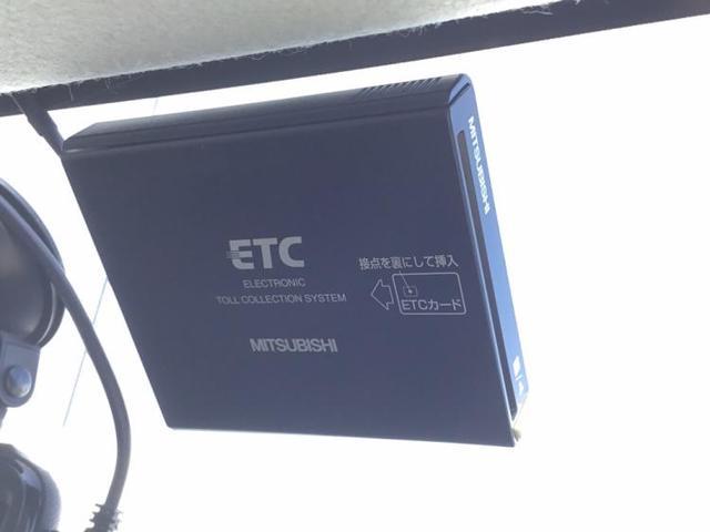 S 社外 メモリーナビ/ヘッドランプ HID/ETC/EBD付ABS/エアバッグ 運転席/エアバッグ 助手席/エアバッグ サイド/アルミホイール/パワーウインドウ/キーレスエントリー/オートエアコン(10枚目)